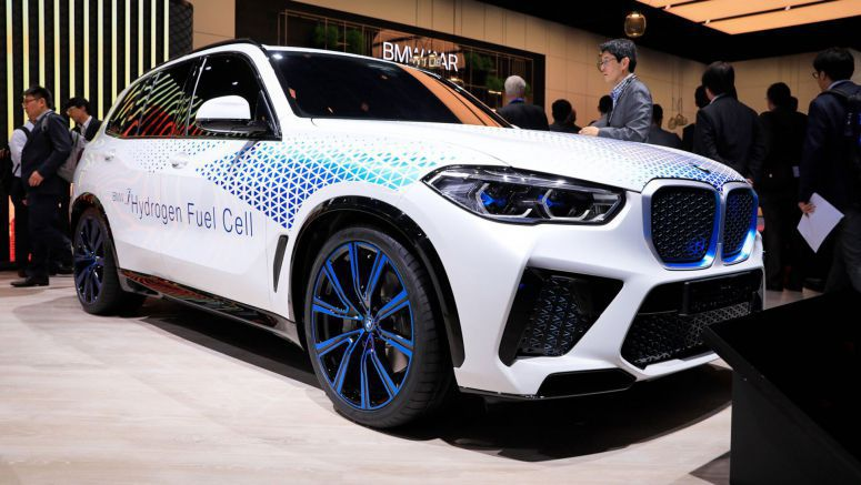 BMW's Fuel Cell X5 Previewed By i Next Hydrogen Featuring Tech Jointly Developed With Toyota
