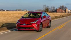 Toyota Updates 2020 Prius With More Safety Kit And Apple CarPlay As Standard