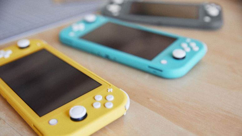 Nintendo Could Have A New Switch Lite In The Works With Fixed Controllers