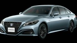 JDM Gem: Toyota Gives Crown Luxury Sedan A Mature Sport Style Treatment