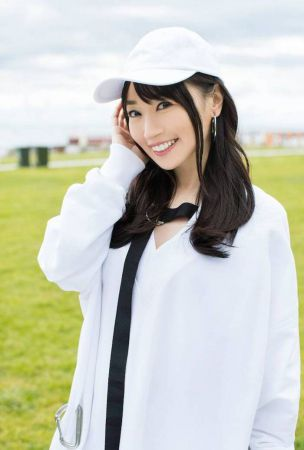 Mizuki Nana plays 2 roles in PV for 'Knock U down'