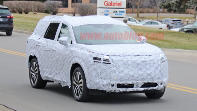 2021 Nissan Pathfinder three-row crossover spied for the first time