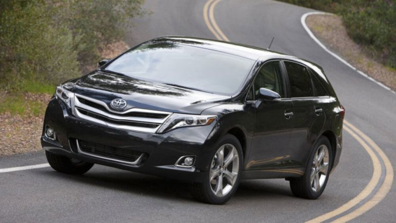 Toyota Venza crossover may be making a return as a hybrid