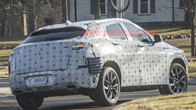 2021 Infiniti QX55 crossover delayed until November 2020