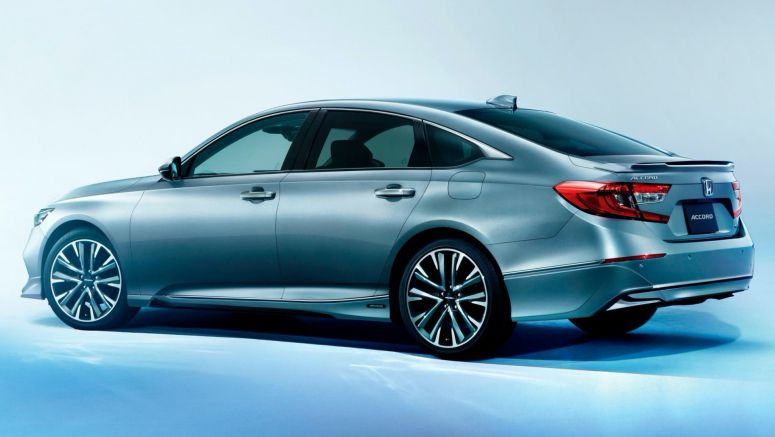 Tenth-Gen Honda Accord Finally Reaches Japan, Gains Genuine Accessories From The Get-Go