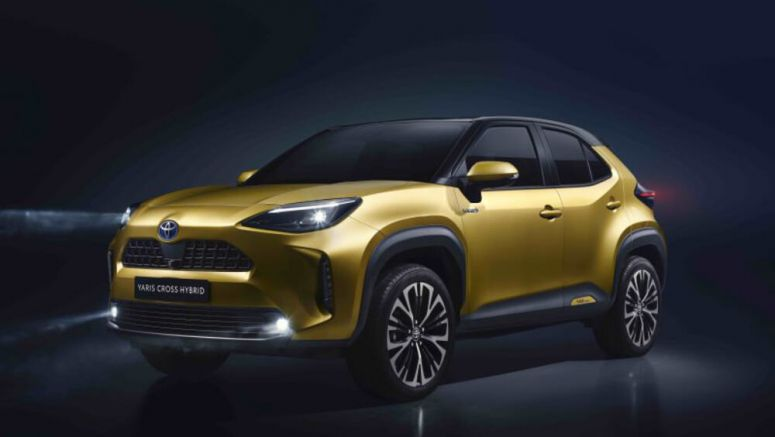2021 Toyota Yaris Cross unveiled with available hybrid drivetrain