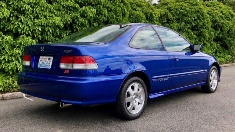 2000 Honda Civic Si sells for $50,000 at Bring a Trailer auction