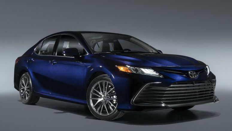 2021 Toyota Camry Debuts New Safety Tech And XSE Hybrid Grade