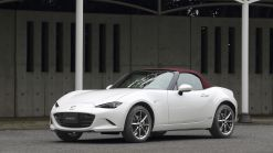 Mazda to gift 50 Miatas to heroes of the COVID crisis
