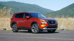 Nissan to place Toyota RAV4s in its dealers for customers to compare with 2021 Rogue