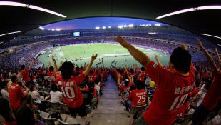 Grampus is J-League's Leader