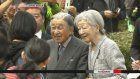 Imperial couple enjoy cherry blossoms in Kyoto