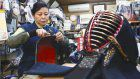 Mother crafts kendo gear, passes on skills to daughter