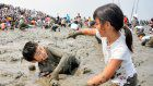 1,000 muddied people compete at 'Gatalympics' in Saga