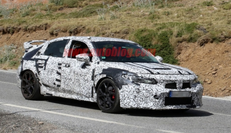 Next-gen Honda Civic Type R spied from every angle